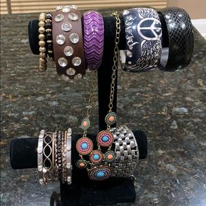 Some very unique jewelry. Assortd.  . 18 pces inc.